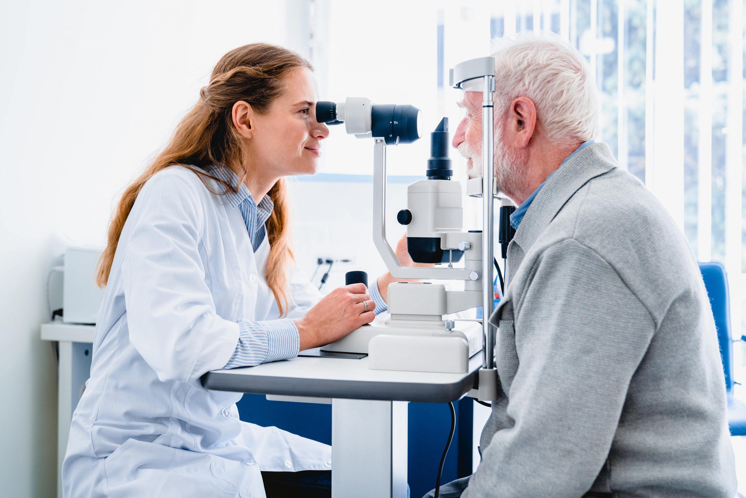 Les visites des opticiens en EHPAD et dans les maisons spécialisées